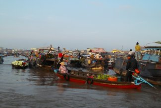 Mekong Floating Market Tour: Join with Local Life 2 Days