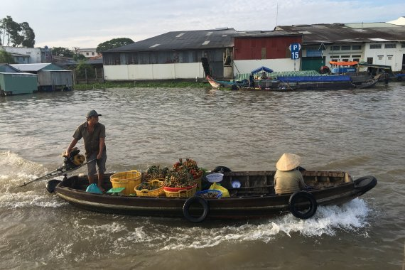 Private Biggest Floating Market and Cai Be Village Tour in 1 Day